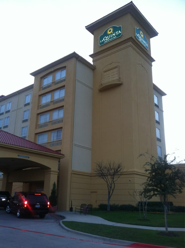 La Quinta Inn & Suites Arlington North 6 Flags Dr