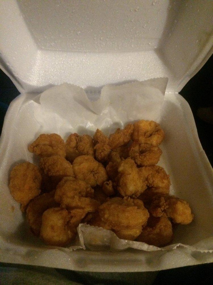 Ocean's Fish & Chicken: 2611 West 28th Ave, Pine Bluff, AR