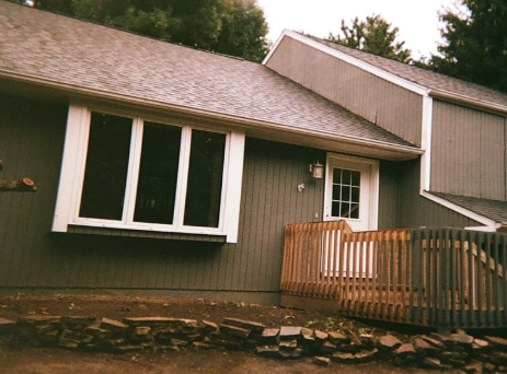 A Plus Roofing and Gutters: Cedar Rapids, IA