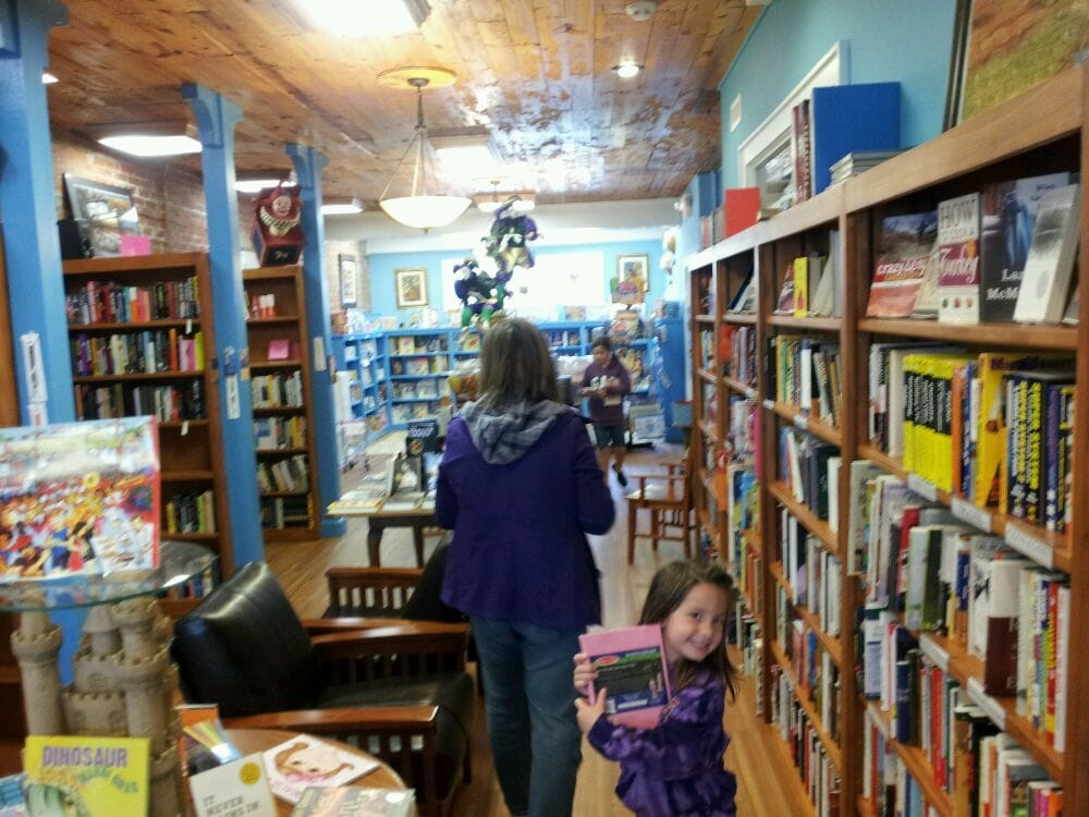 Cherry Books: 1050 Canal Blvd, Thibodaux, LA