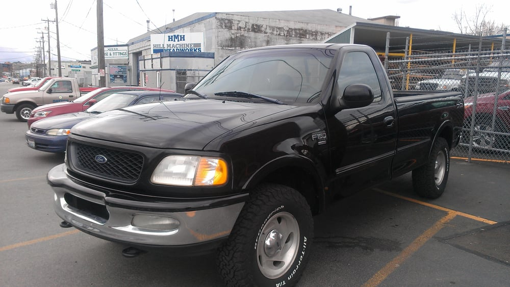 1998 f150 look at that paint thanks john yelp. Black Bedroom Furniture Sets. Home Design Ideas