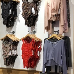 e8e24ada Urban Outfitters - 138 Photos & 72 Reviews - Women's Clothing - 1333  Broadway, Midtown West, New York, NY - Phone Number - Yelp
