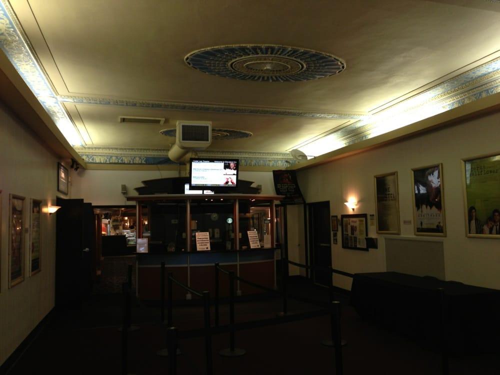 cedar lee theatre 18 photos amp 74 reviews cinema 2163