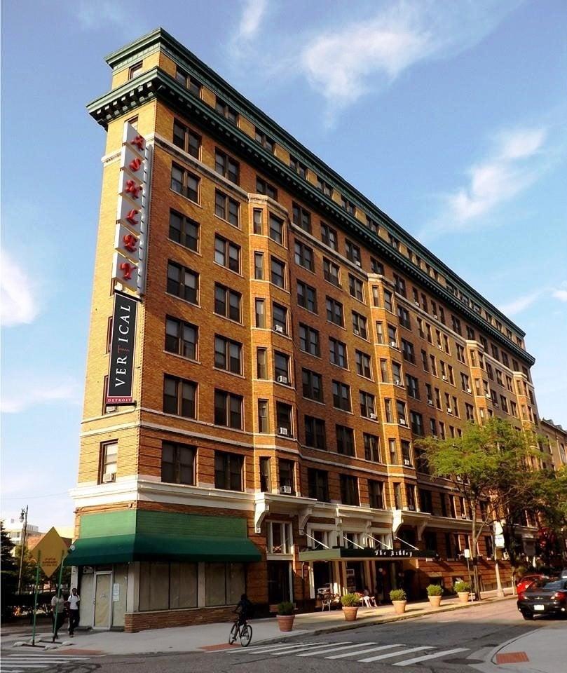 Apartments Downtown Detroit: Vertical Detroit
