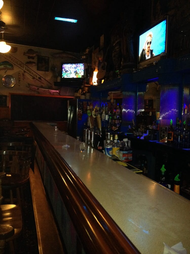 Blue Marble Bar: 907 3rd Ave, New Brighton, PA