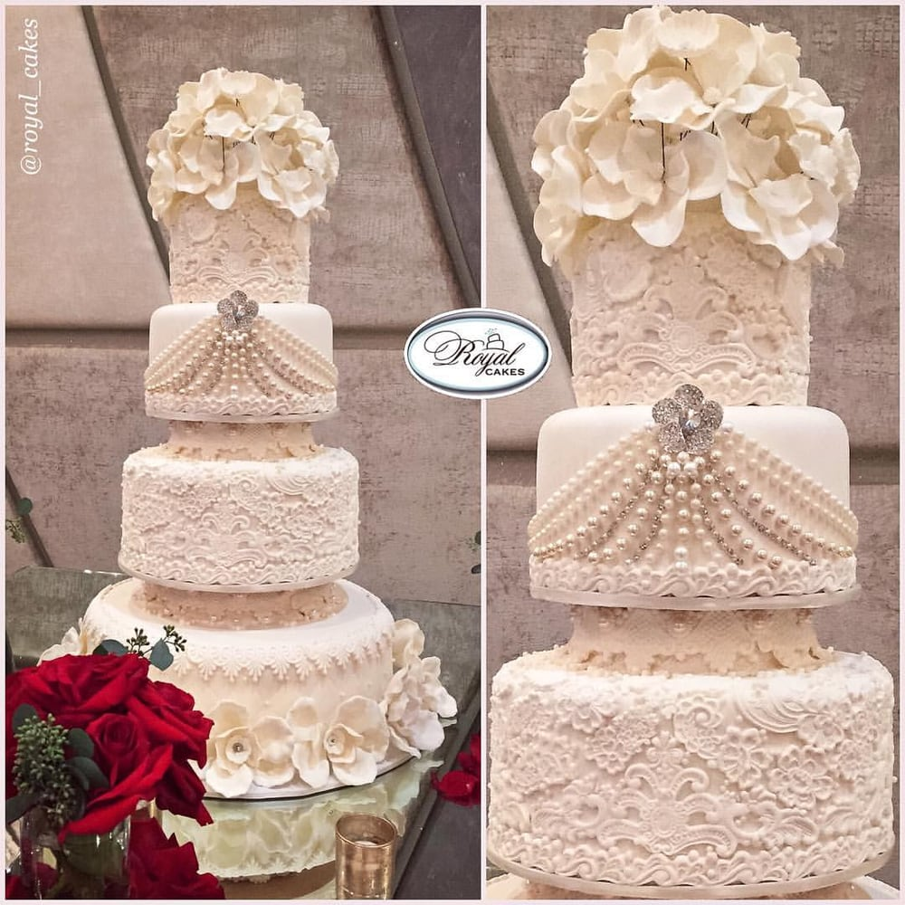 images of royal wedding cakes delicious 4 tiers covered in sugar lace amp pearls royal 16352