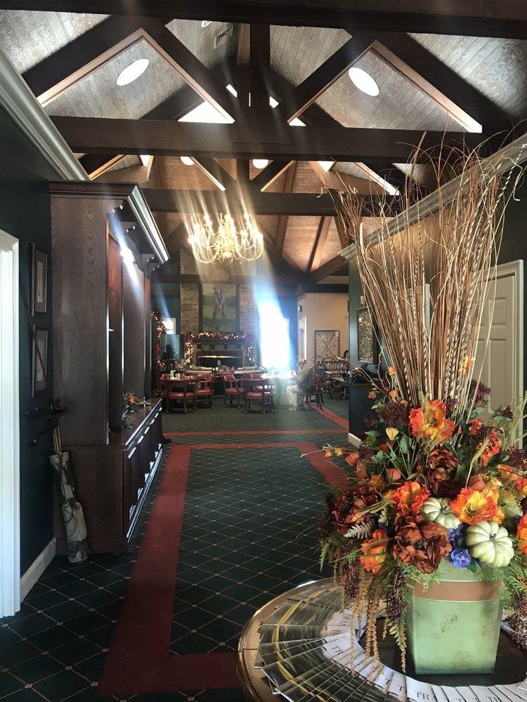 Highland Oaks Golf Clubhouse: 904 Royal Pkwy, Dothan, AL