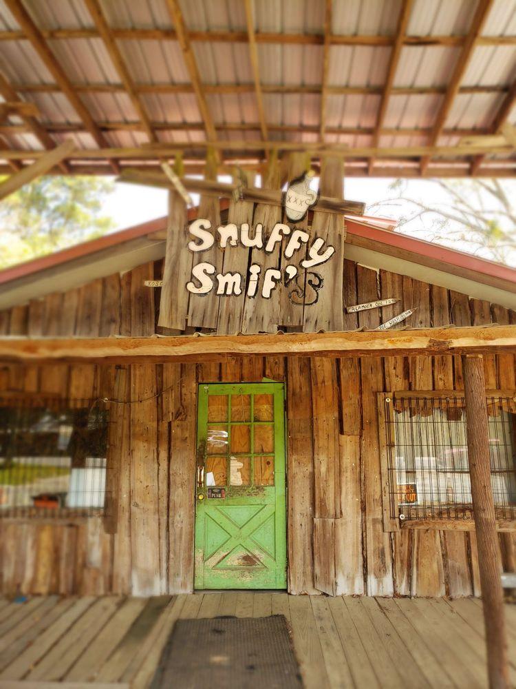 Snuffys Grocery: 14860 Moffett Rd, Wilmer, AL