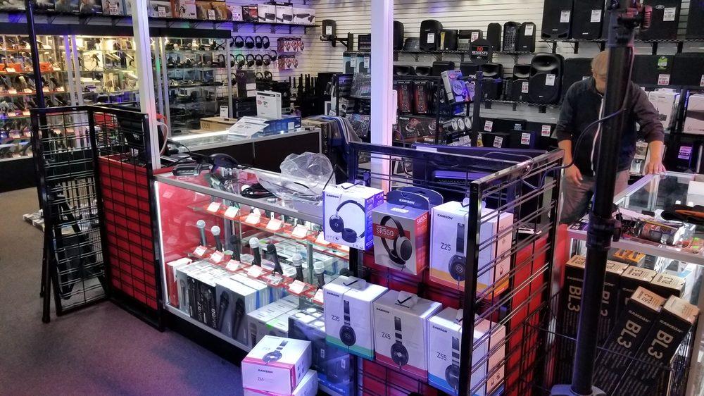 Sam Ash Music Stores: 8151 Blanding Blvd, Jacksonville, FL