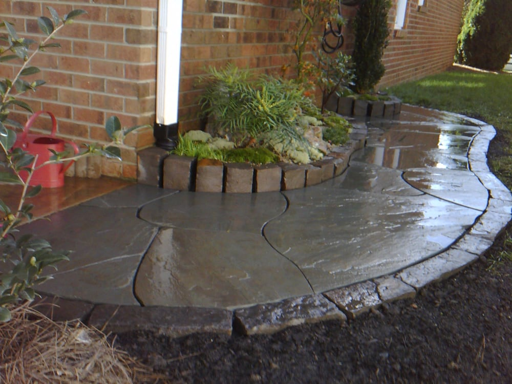 Small Walkway Dry Set Flagstone Mill Creek Edging Stone