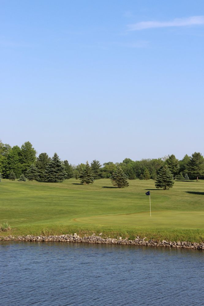 Villageview Golf Course: 210 S Main St, Croton, OH