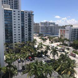 Tides Condominiums - 14 Reviews - Condominiums - 3901 S