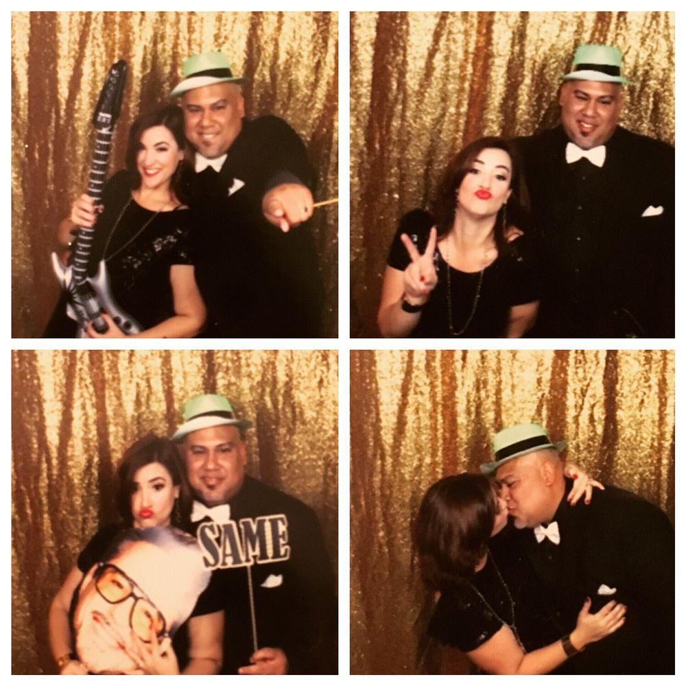 Snap Away Photo Booths