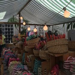 7cf936a67d1c Espaço Havaianas - 44 Photos   12 Reviews - Shoe Stores - R. Oscar Freire