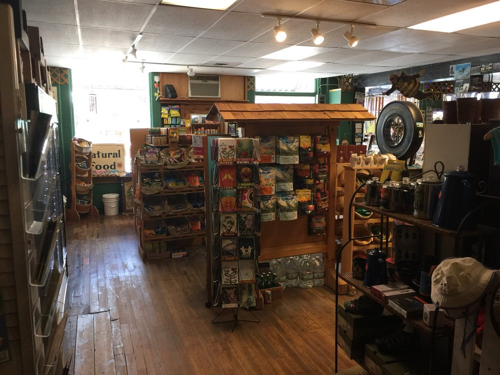 Bluff Mountain Outfitters: 152 Bridge St, Hot Springs, NC