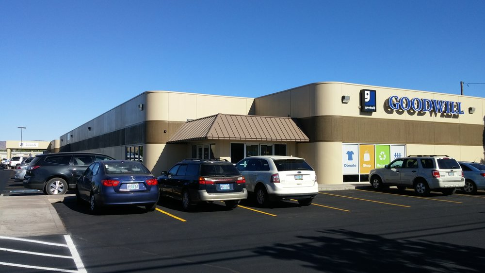 Southern Oregon Goodwill Klamath Falls: 3401 Washburn Way, Klamath Falls, OR