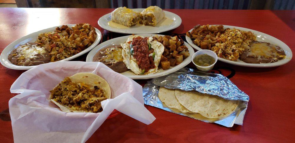 Fuzzy's Taco Shop: 3607 S Rangeline Rd, Joplin, MO