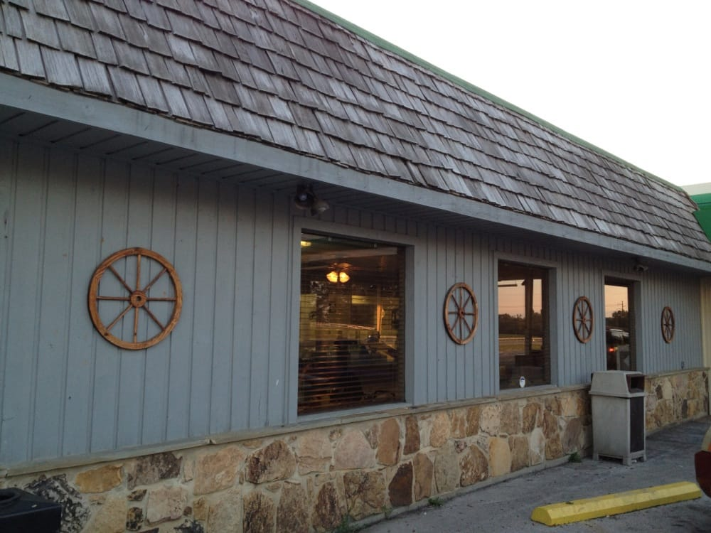Wagon Wheel Restaurant At Oran's: 10745 N US 27, Eubank, KY