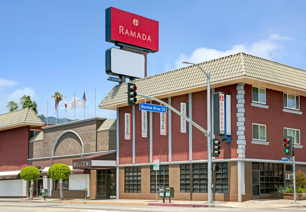 Ramada Los Angeles/Downtown West - 114 Photos & 102 ...