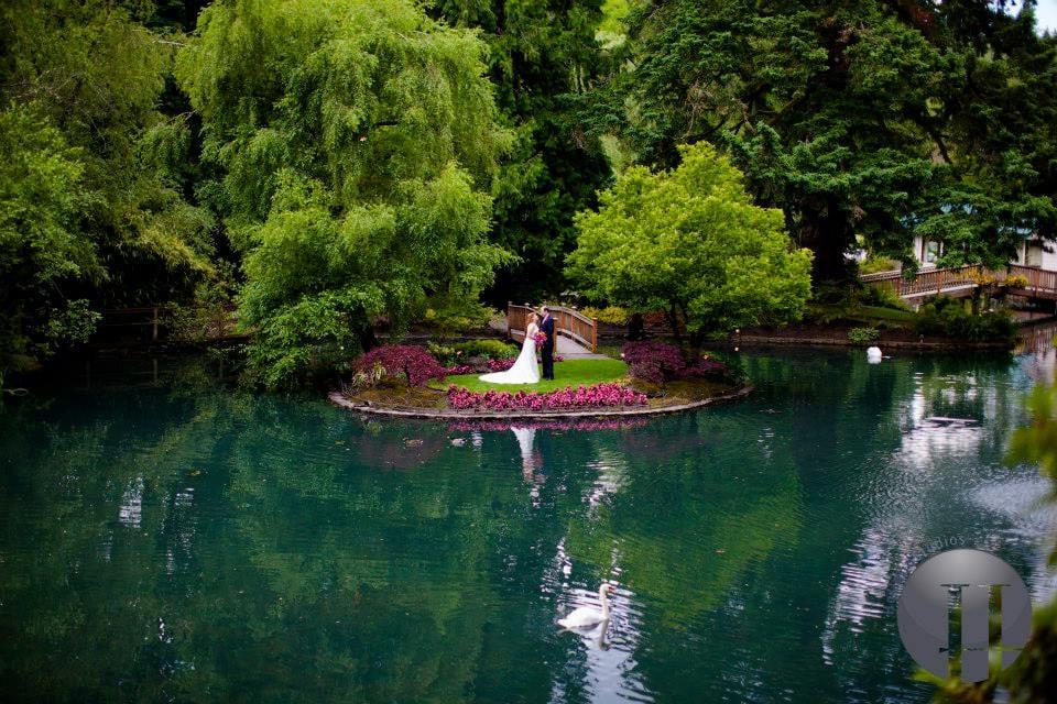 The Lakeside Gardens