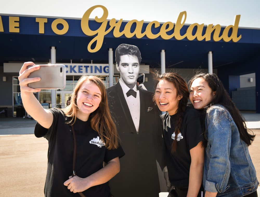 Social Spots from Graceland