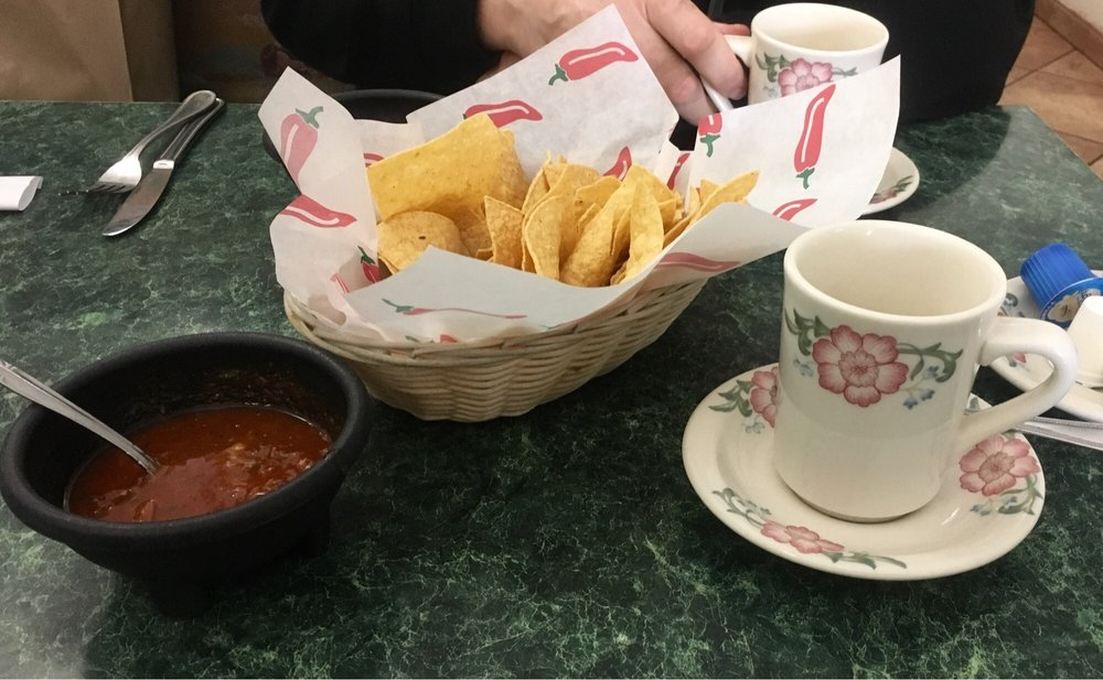 Los Cabos Mexican Restaurant: 106 W Oregon Ave, Creswell, OR