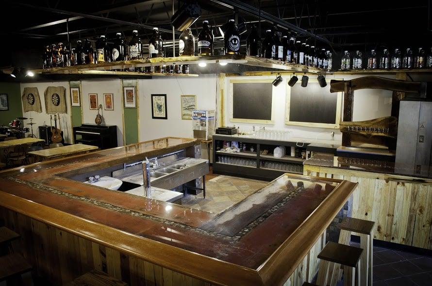 Portage (MI) United States  city photos : ... Portage St, Kalamazoo, MI, United States Restaurant Reviews Phone