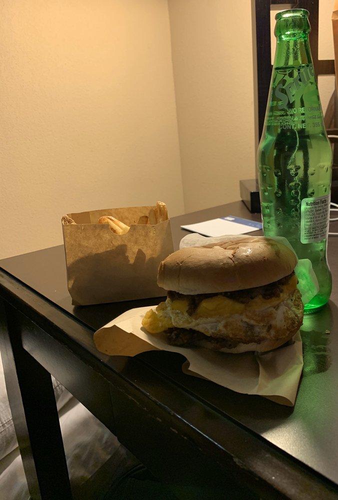 Rager's Original Sausage Sandwich: 1038 S Washington St, Van Wert, OH