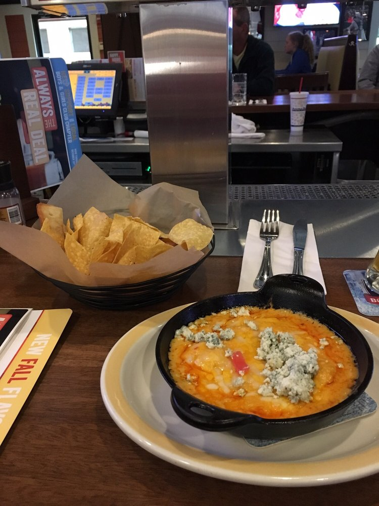 Photo Of 99 Restaurants Biddeford Me United States Buffalo En Dip Topped
