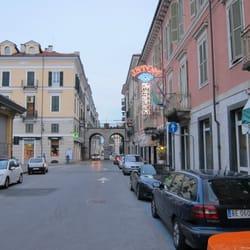 Cuneo Royal Italy Hotel Via Superga Pascal Phone 3 Hotels YxdTaq