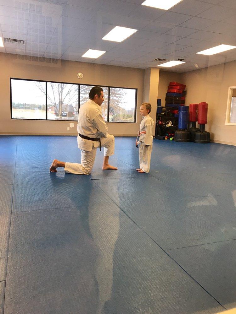 Bill Taylor's Bushido School of Karate: 1911 Business Campus Dr, Murfreesboro, TN