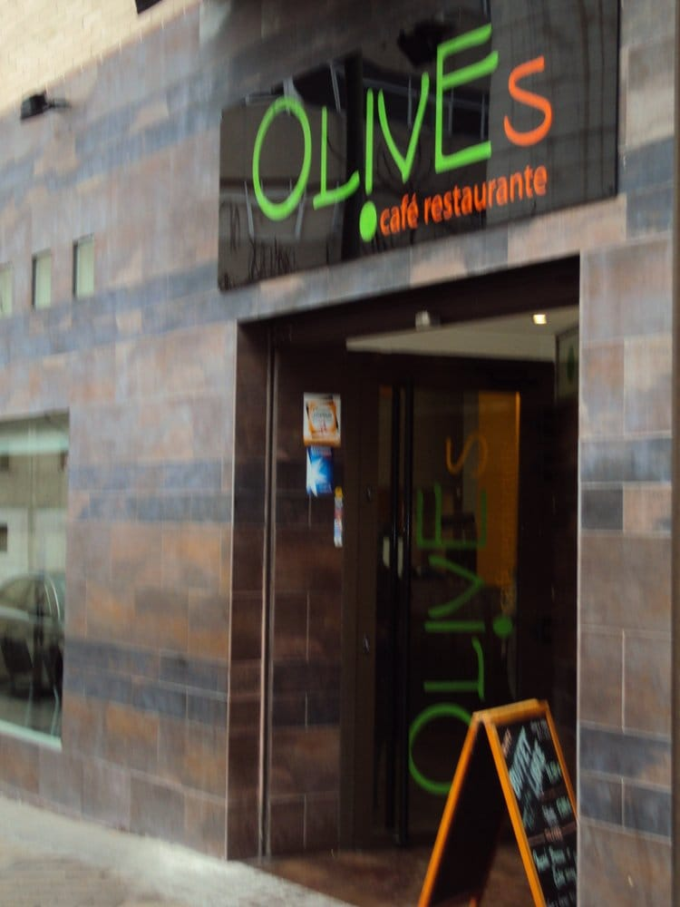 Olives: Calle de Alfonso Gómez, 59, Madrid, M