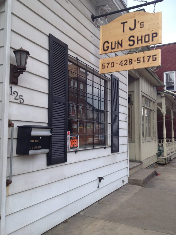 TJ's Gun Shop: 125 Main St, Watsontown, PA