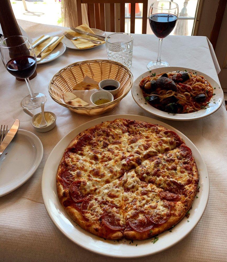 La Grotta Pizzeria