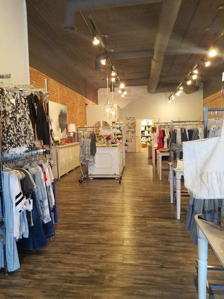 Label Boutique: 116 West Central Ave, Bentonville, AR