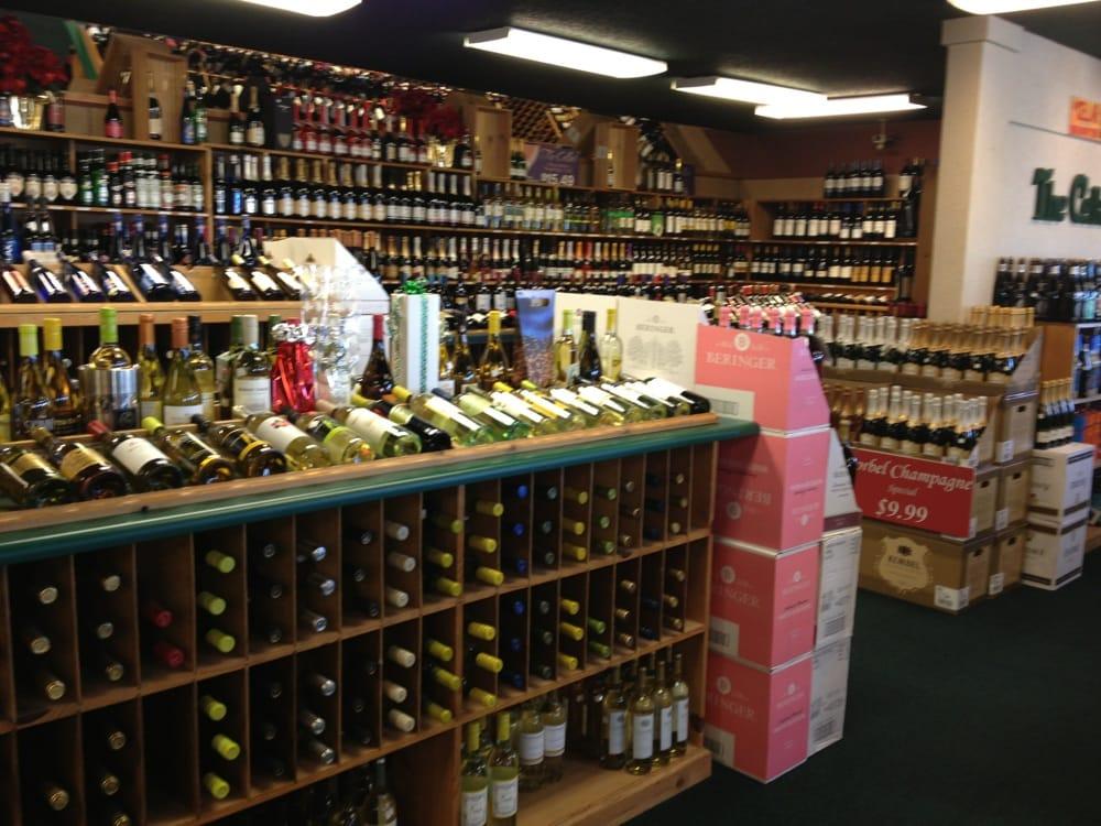 The Cellar: 1405 W Morris Blvd, Morristown, TN