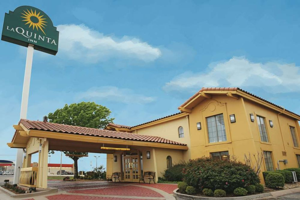 La Quinta Inn by Wyndham Abilene: 3501 West Lake Rd, Abilene, TX