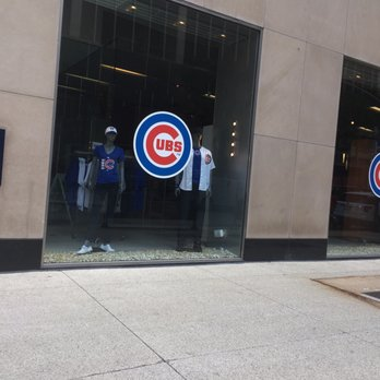 huge discount 9f54f e86bc Cubs Team Store - 23 Photos & 16 Reviews - Sports Wear - 663 ...