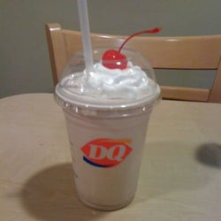 Dairy Queen's New Mint Shake - Simplemost |Dairy Queen Chocolate Shake