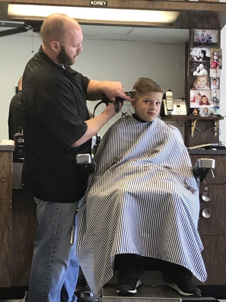 Chop Shop Barbers: 7633 Pacific St, Omaha, NE