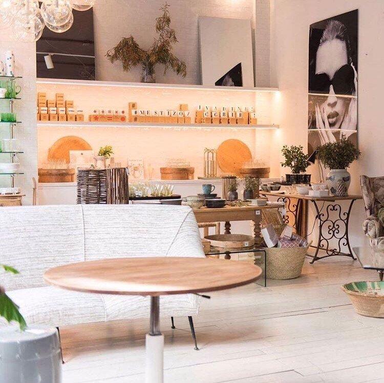 Mestizo furniture shops calle piamonte 4 chueca for Furniture stores madrid