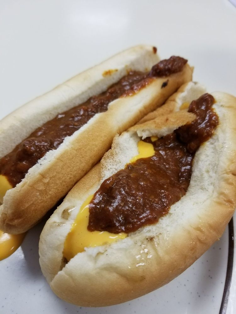 The Hot Dog Shoppe: 740 W Market St, Warren, OH