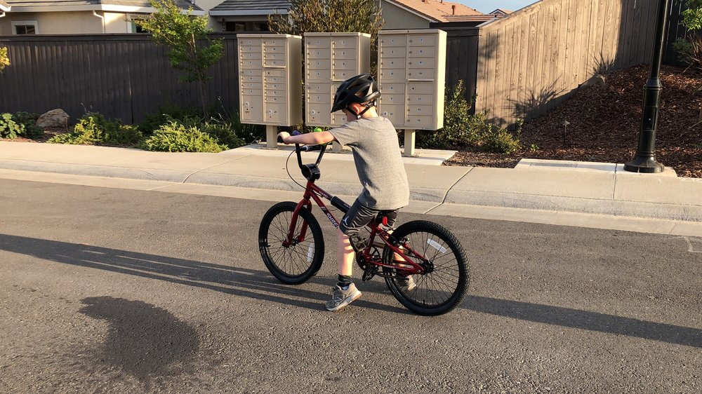 Bob's Cycle Center - 378 N Sunrise Ave, Roseville, CA - 2019