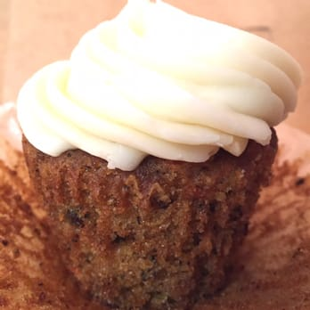 Yummy Cupcakes Order Food Online  Photos   Reviews - Birthday cakes encinitas