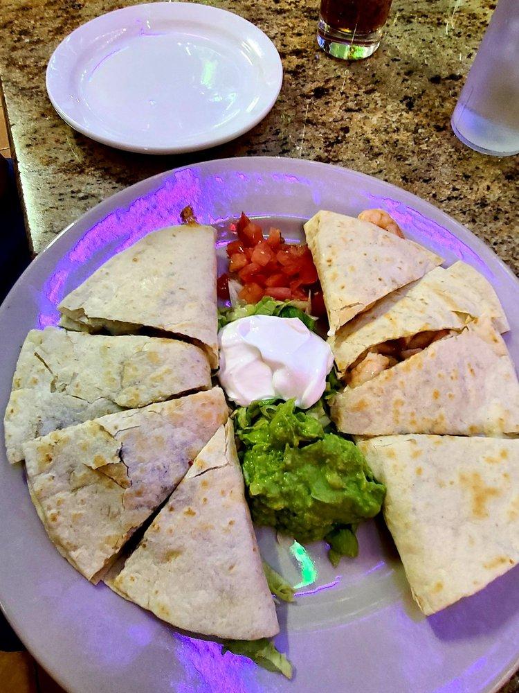 Las Fuentes Mexican Restaurant: 601 10th St, Hempstead, TX