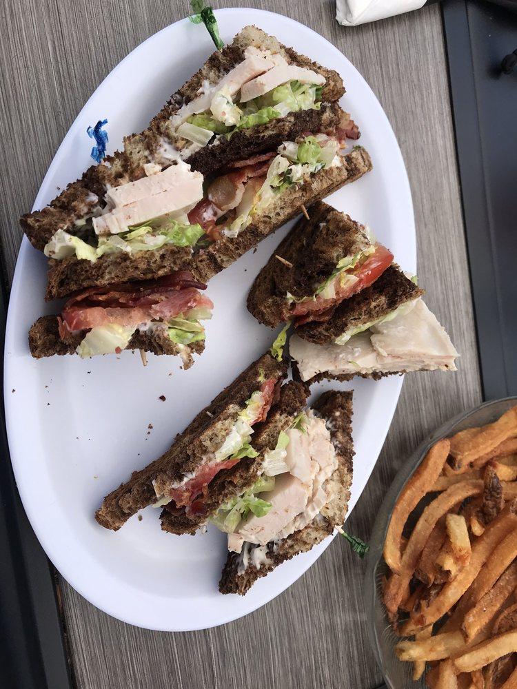 Mooselook Diner: 1058 Main St, Concord, VT