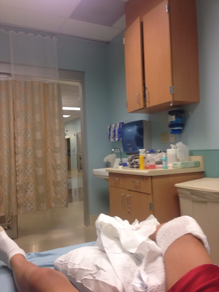 Hospital Emergency Room: View From Emergency Room Bed