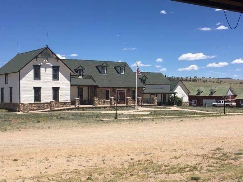Hartsel Springs Lodge: 24194 County Rd 59, Hartsel, CO