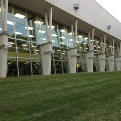 Field House Sports & Fitness Center