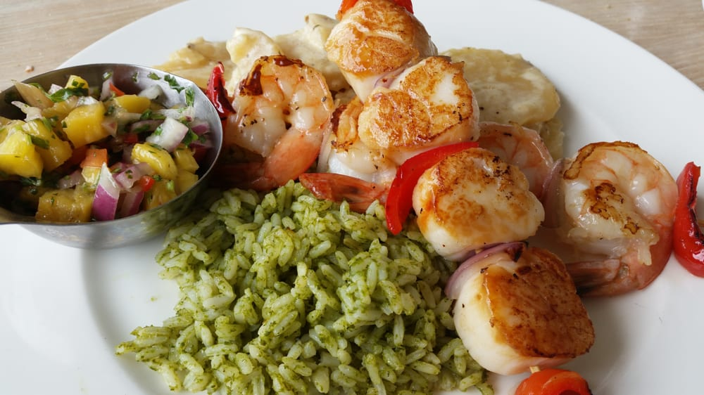 Seared Scallops With Tropical Salsa Recipe — Dishmaps
